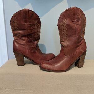 Steve Madden heel cowgirl boots